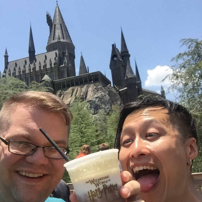 Carl is very happy about our last butterbeer.