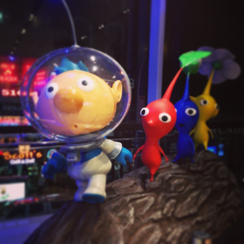 Captain Olimar, greeting us on an earlier visit.