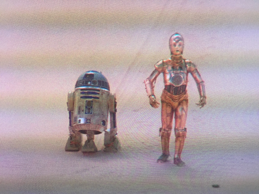 Sometimes I think R2 intentionally annoys 3P0 to get rid of him.